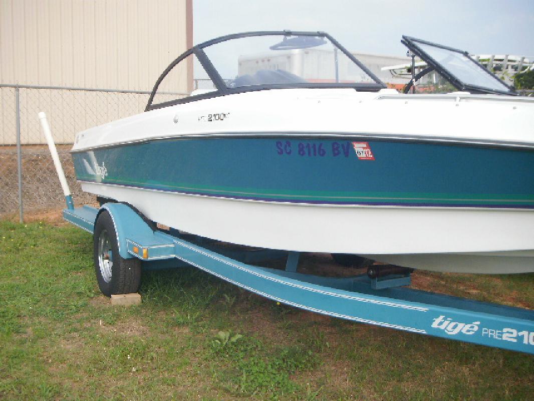 1998 21' Tige Boats Inc 2100 I