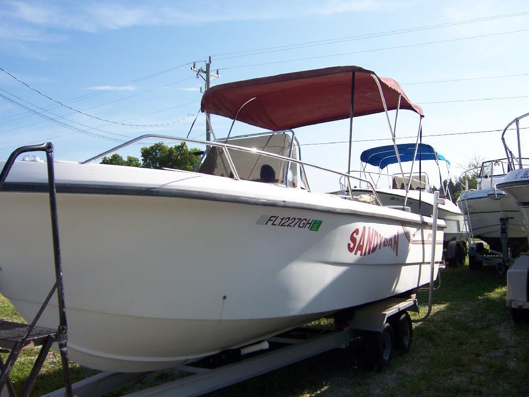 1988 23' Pro-Line Boats, Inc. 23' Center Console in Cape Coral, Florida
