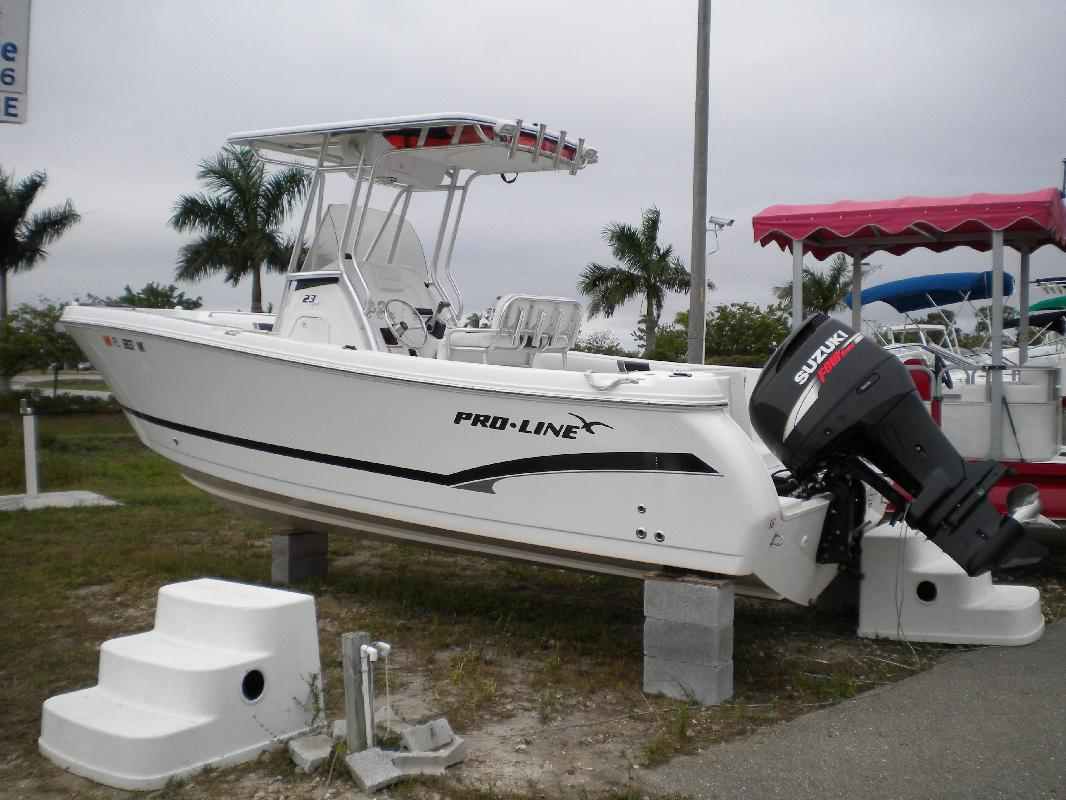 2007 23' Pro-Line Boats, Inc. 23 SPORT in Cape Coral, Florida