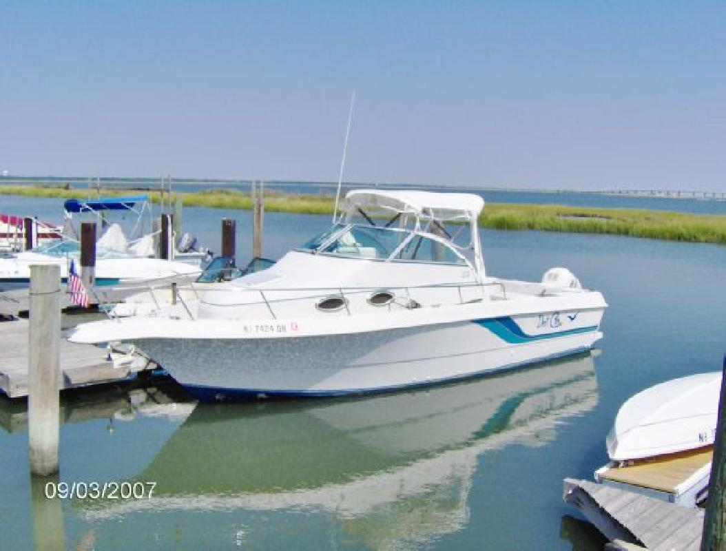 1995 27' Pro-Line Boats, Inc. 251 Wa
