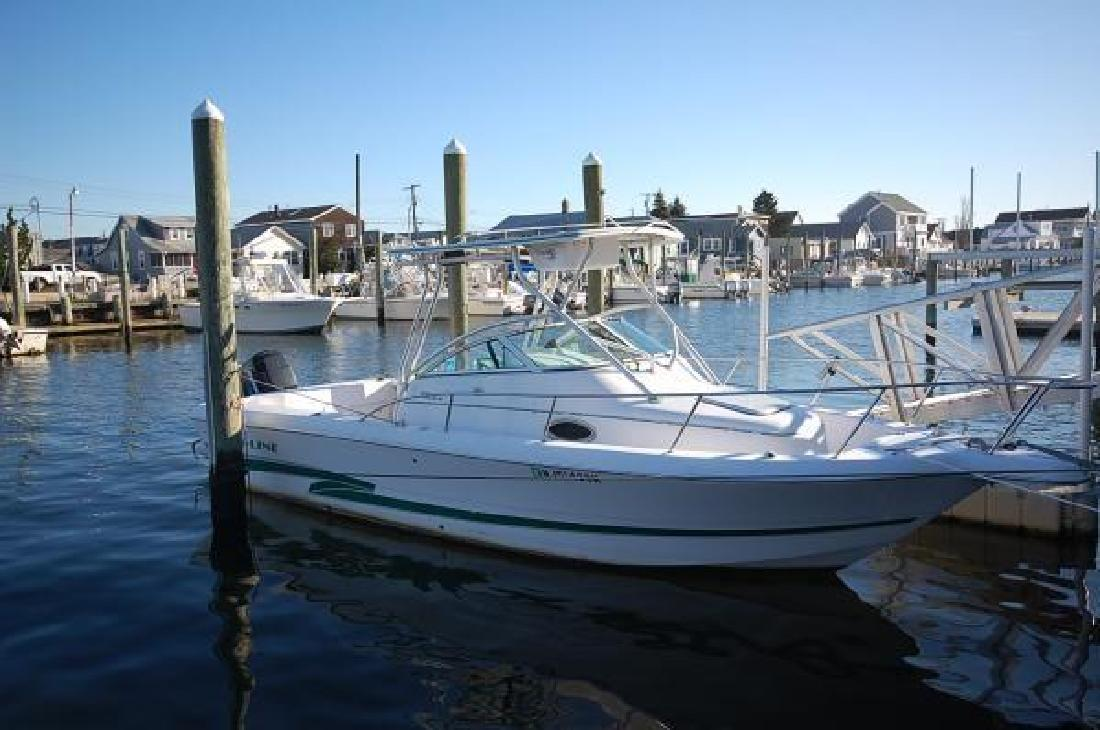 2001 25' Pro-Line Boats, Inc. 251 Walk Around
