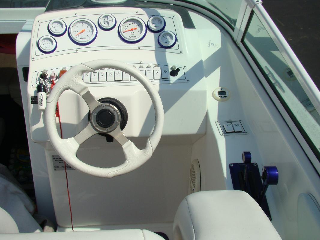 2001 26' PowerQuest Boats Inc 26 legend sx