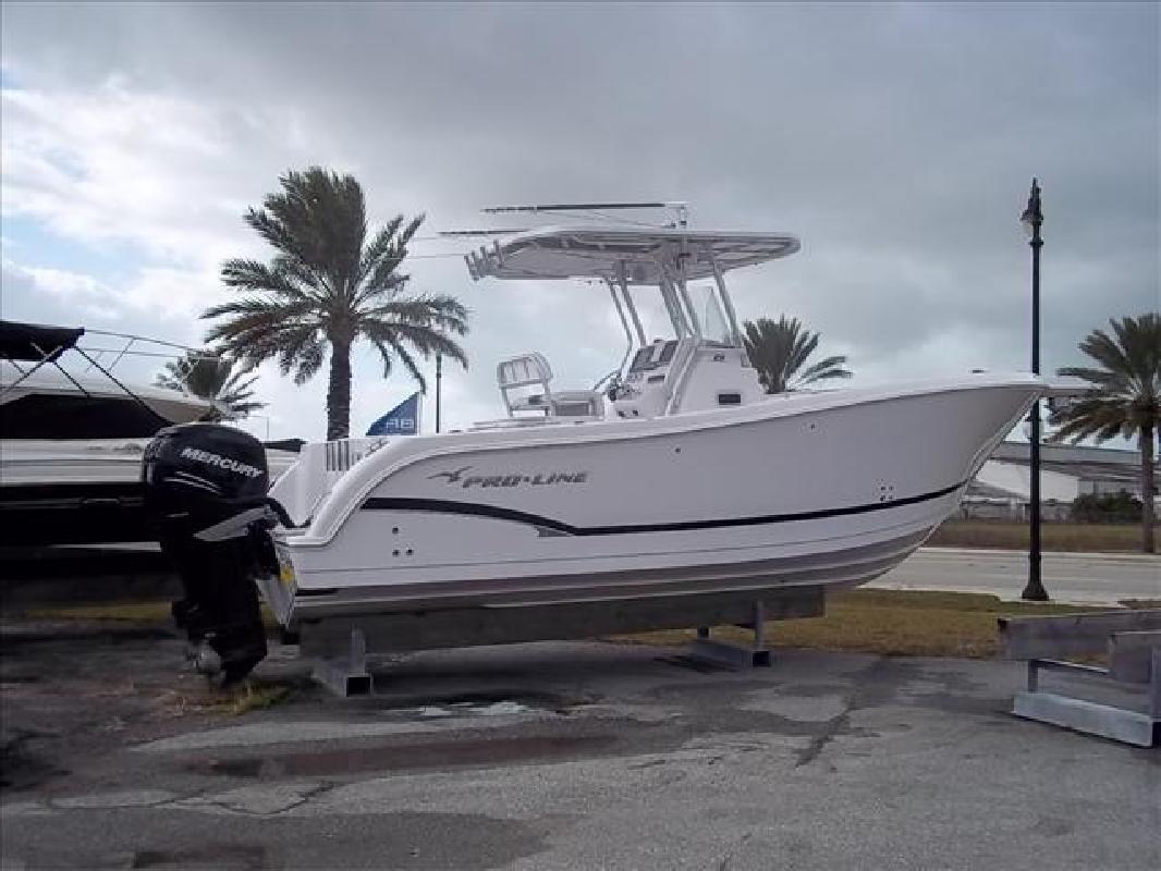 2007 29' Pro-Line Boats, Inc. 29 GRAND SPORT in Venice, Florida