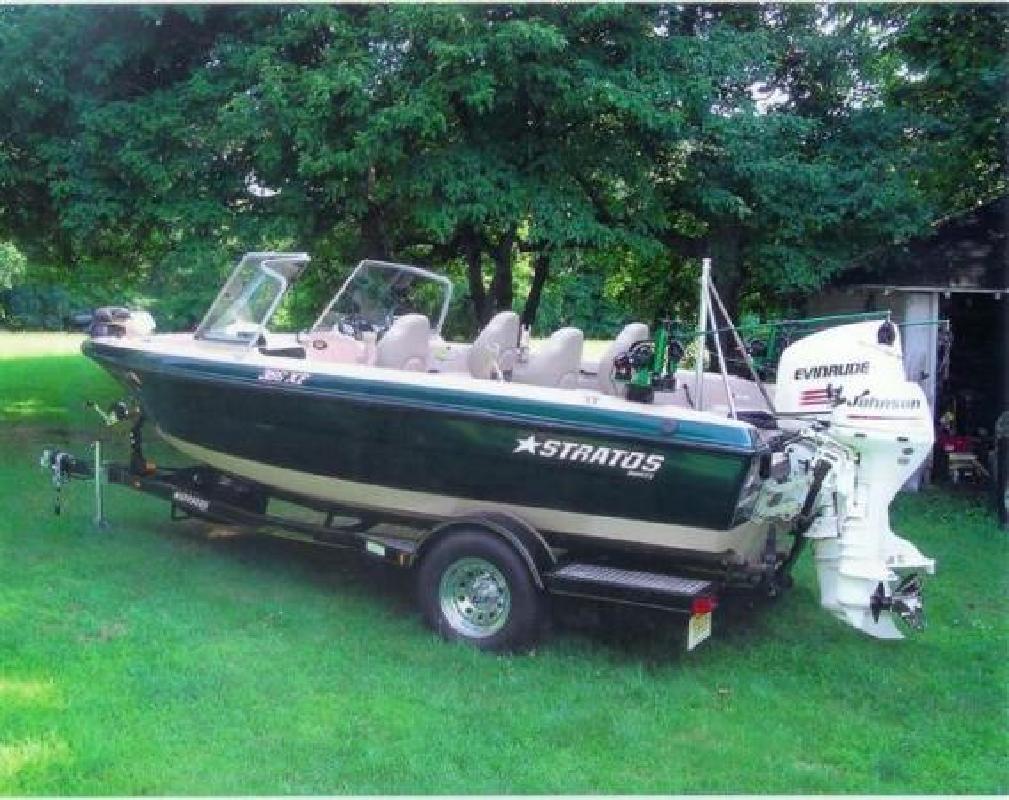 2005 18' Stratos Boats Inc 386 XF