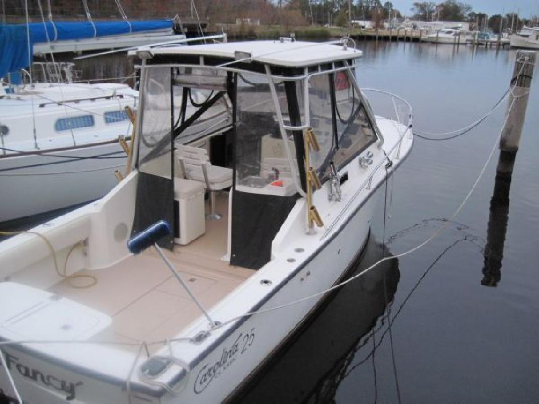 1995 25' Carolina Classic Boats, Inc. Carolina Classic 25 Express