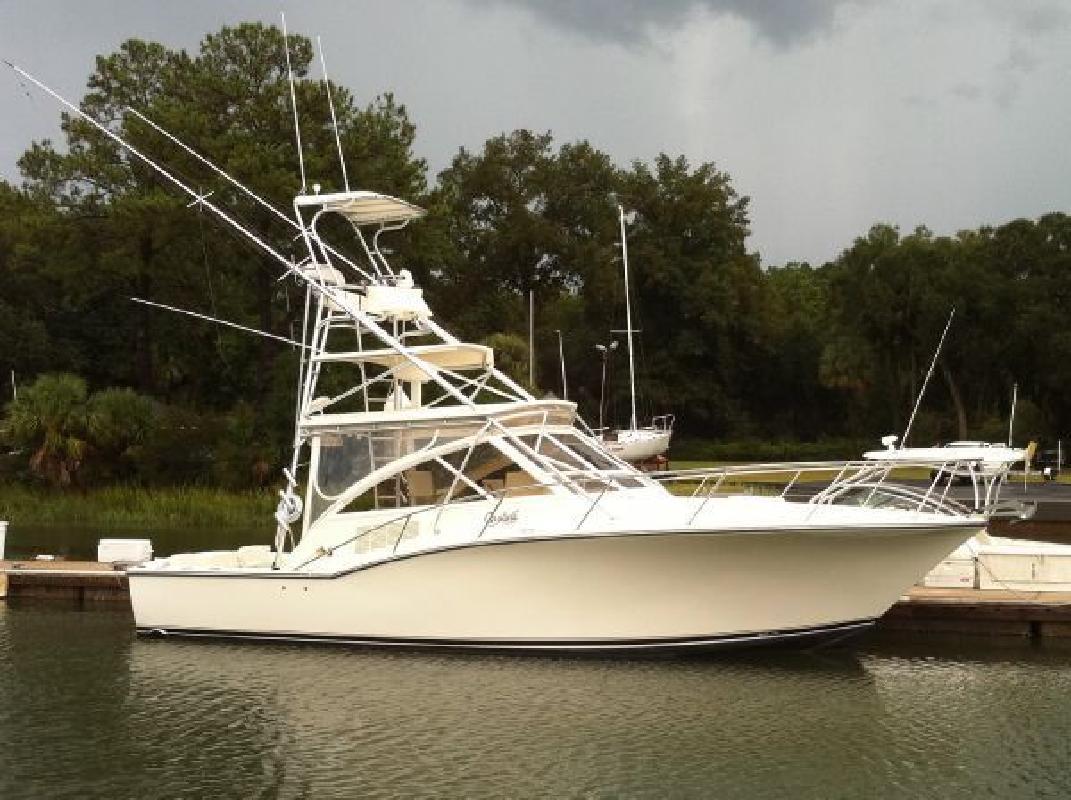 2006 35' Carolina Classic Boats, Inc. Carolina Classic 35 Express