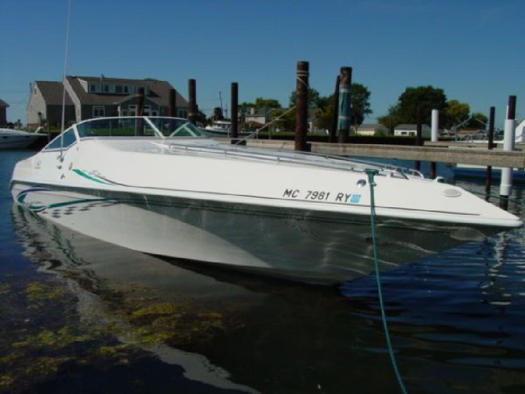 2000 32' Envision Boats, Inc. Envision 32 Illusion