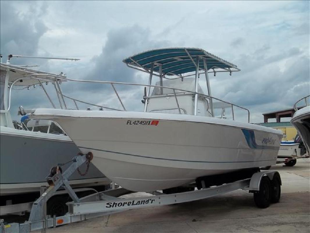 1996 25' Pro-Line Boats, Inc. Offshore fishing 240CC