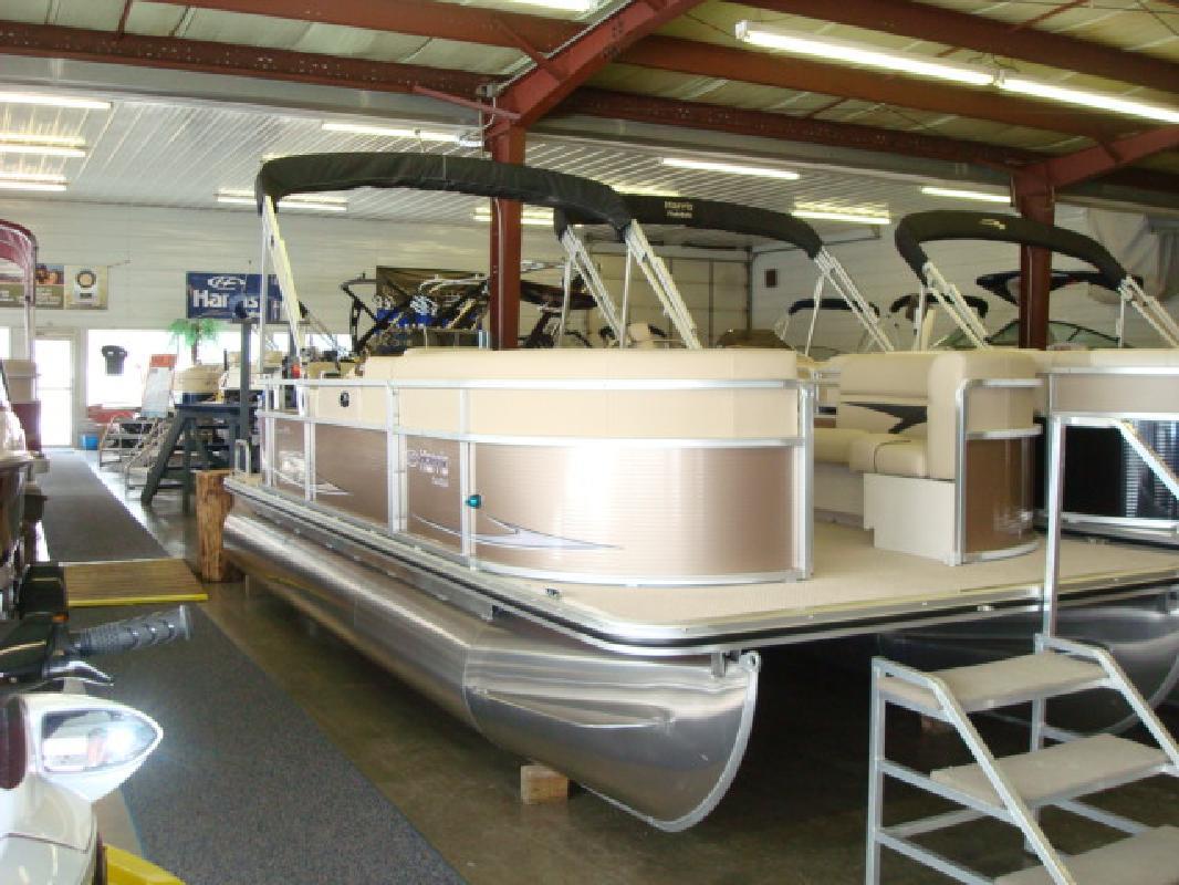 2011 21' Harris - Kayot Inc pontoon 200 cruiser