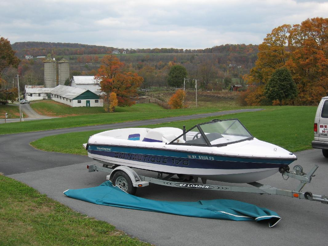 1998 17' Correct Craft Inc Ski Nautique