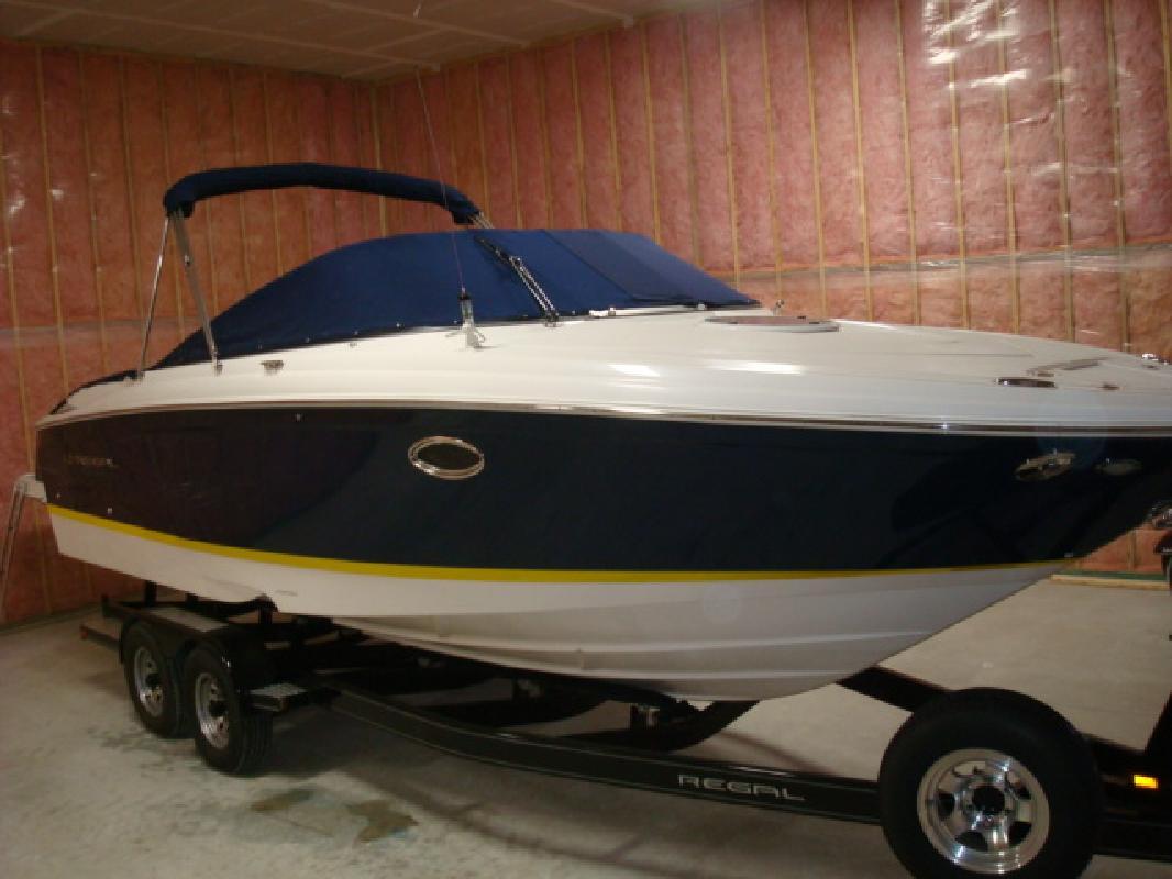 2007 28' Regal Marine Industries Inc Sport Boat 2750 Cuddy