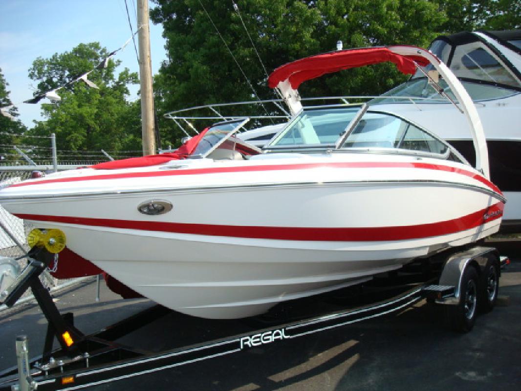 2011 21' Regal Marine Industries Inc Sport Boats 2100