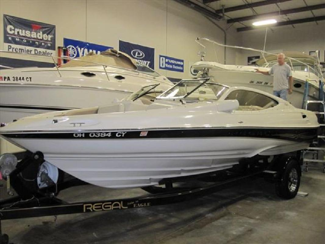 2001 21' Regal Marine Industries Inc Sport Boats 2100 LSR in Huron, Ohio