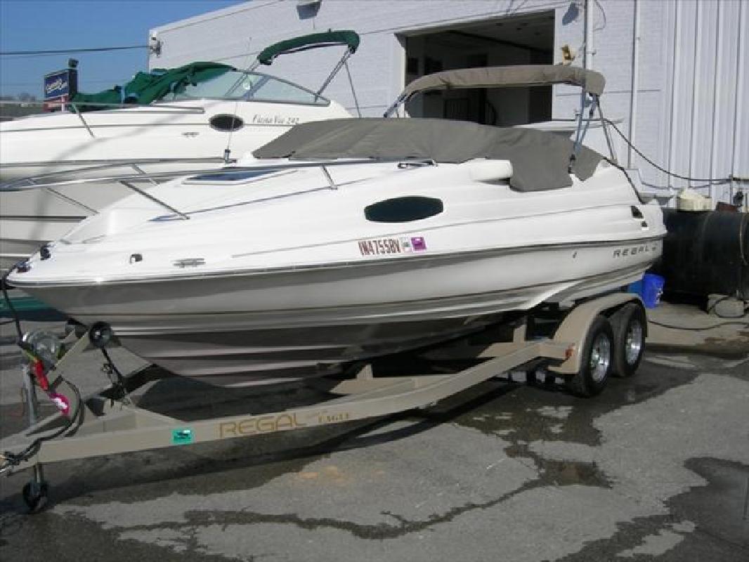 2000 21' Regal Marine Industries Inc Sport Boats 2150 LSC