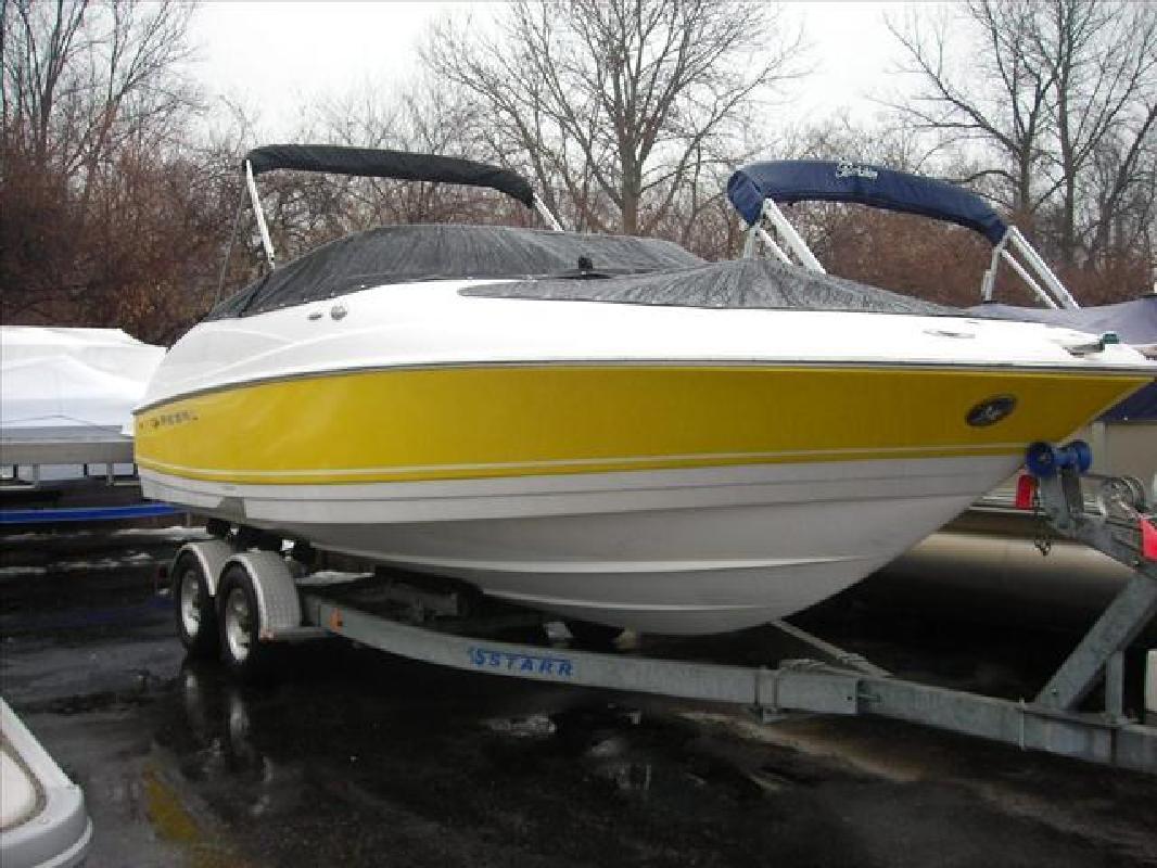 2003 24' Regal Marine Industries Inc Sport Boats 2400 LSR