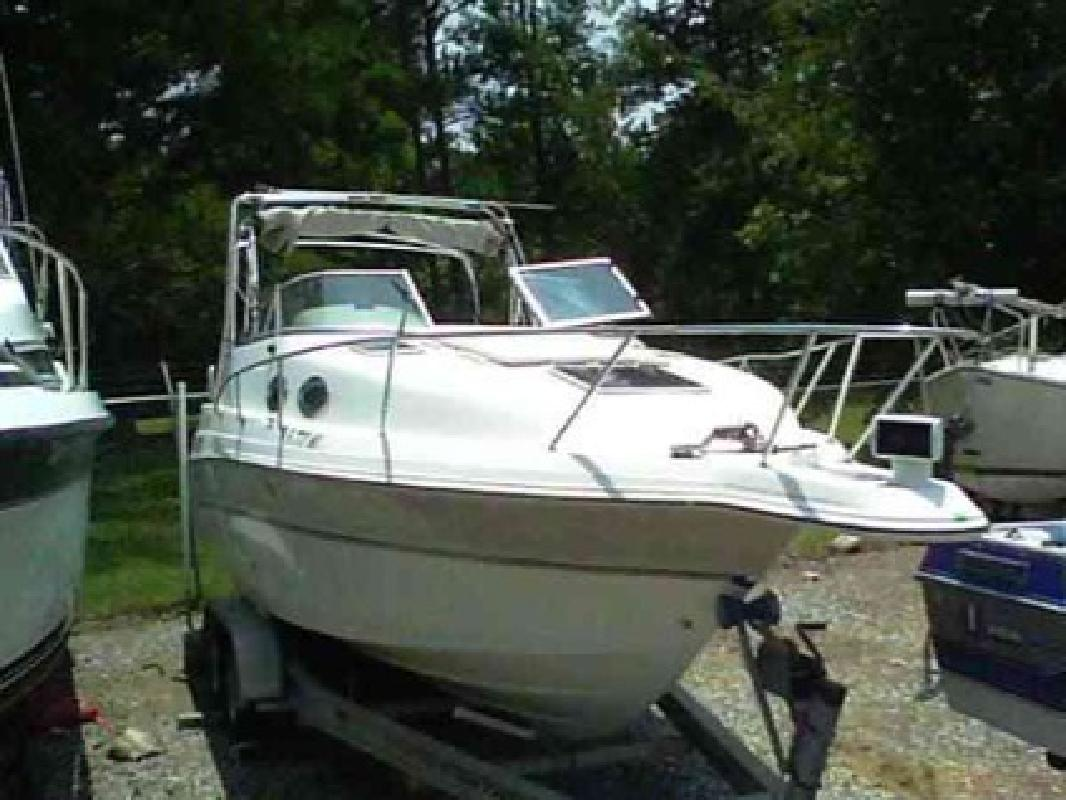 $19,000 Used 1999 Campion Marine Inc XLSI 26ft