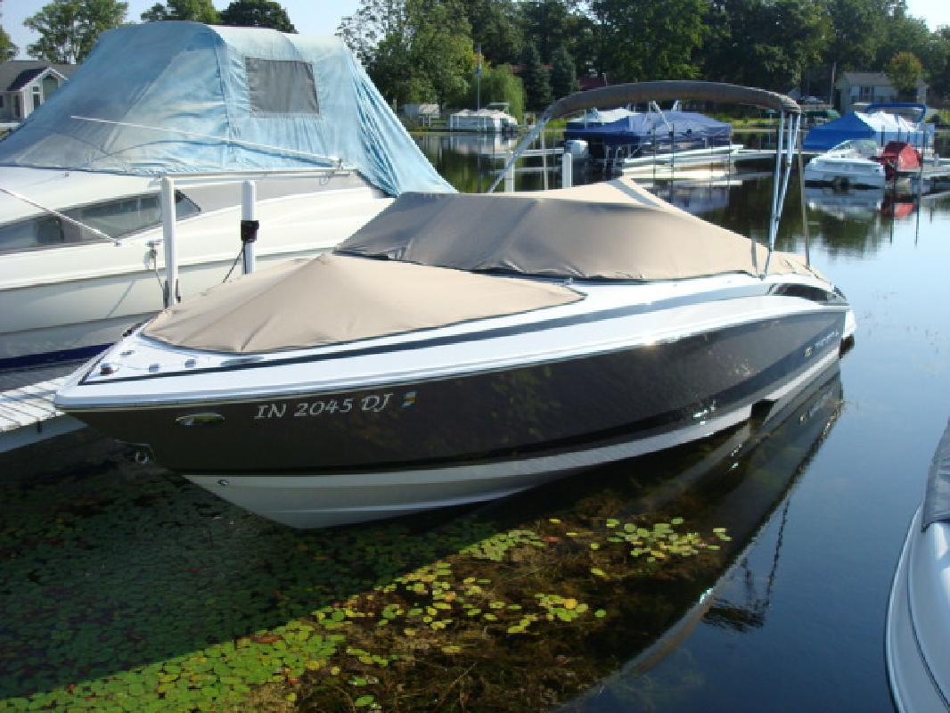 2010 24' Regal Marine Industries Inc Bowrider 2300