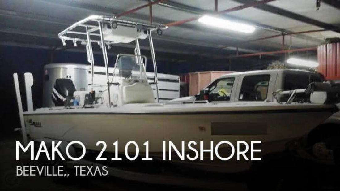 2007 Mako Marine 2101 inshore Beeville TX