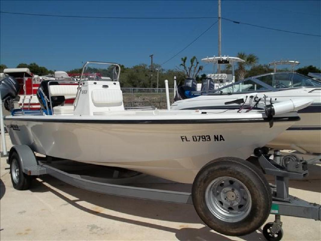 2005 17' Mako Marine International Inshore Series 1801. Contact the seller