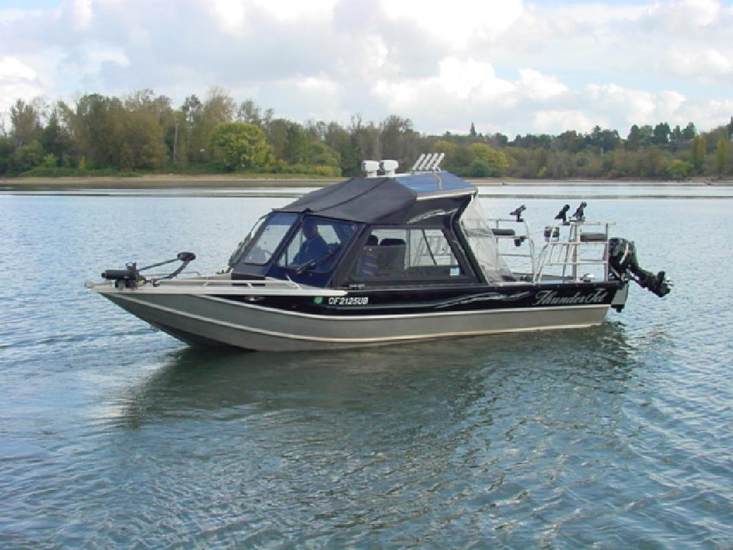 2006 21' Thunder Jet Alexis Classic for sale in Portland