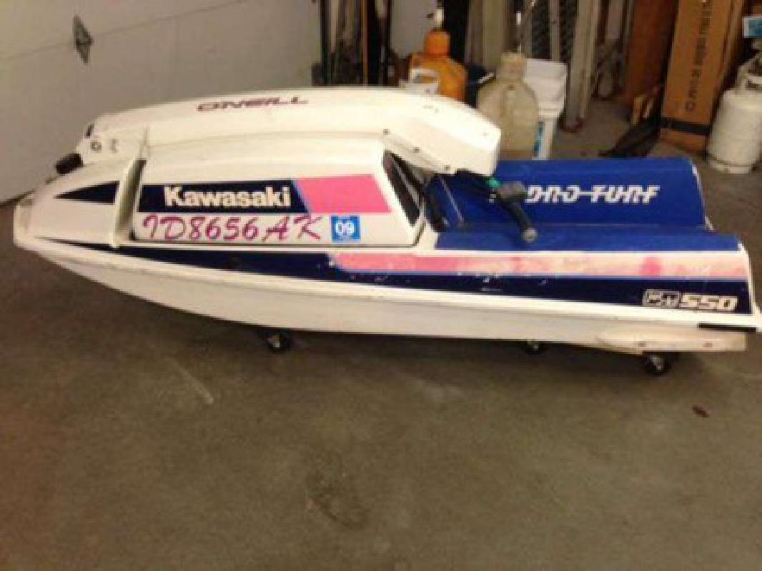 $220 1989 Kawasaki 550 Jet Ski (Meridian)