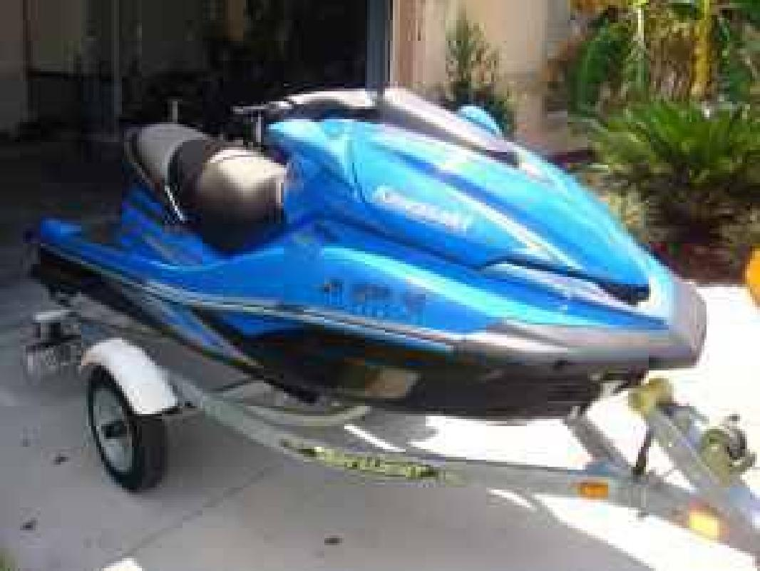 $8,900 2008 Kawasaki Ultra 250x Jet Ski with trailer