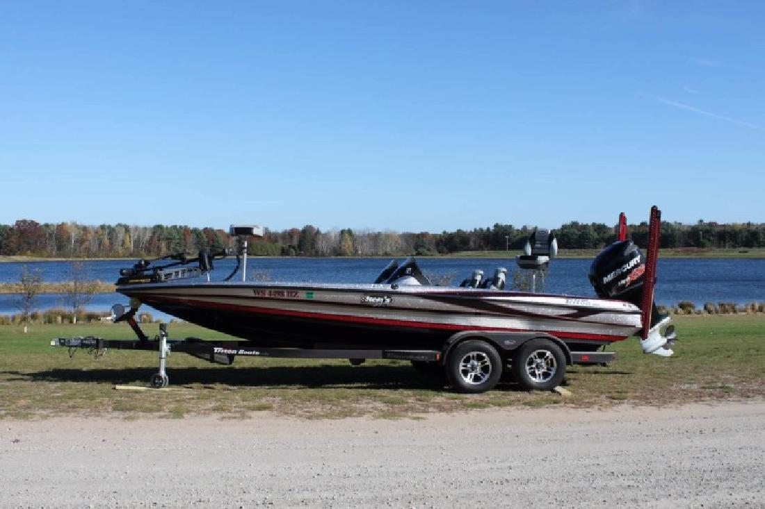 Triton new and used boats for sale in wisconsin for Used fishing boats for sale in wisconsin