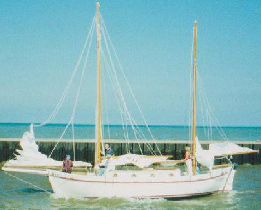 $24,000 2002 Tahiti Ketch