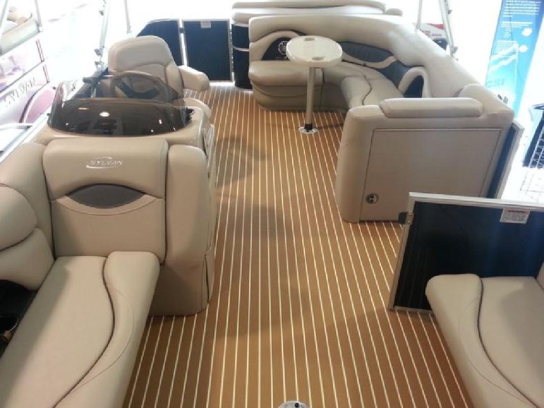 2015 - Sylvan Boats - Mirage Cruise LE 8520 CR in Orlando, FL