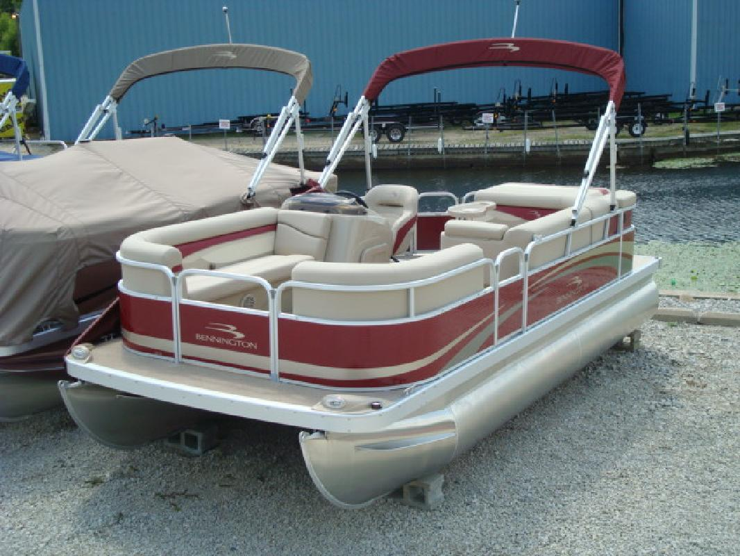 2012 20' Bennington Marine LLC pontoon 20sl