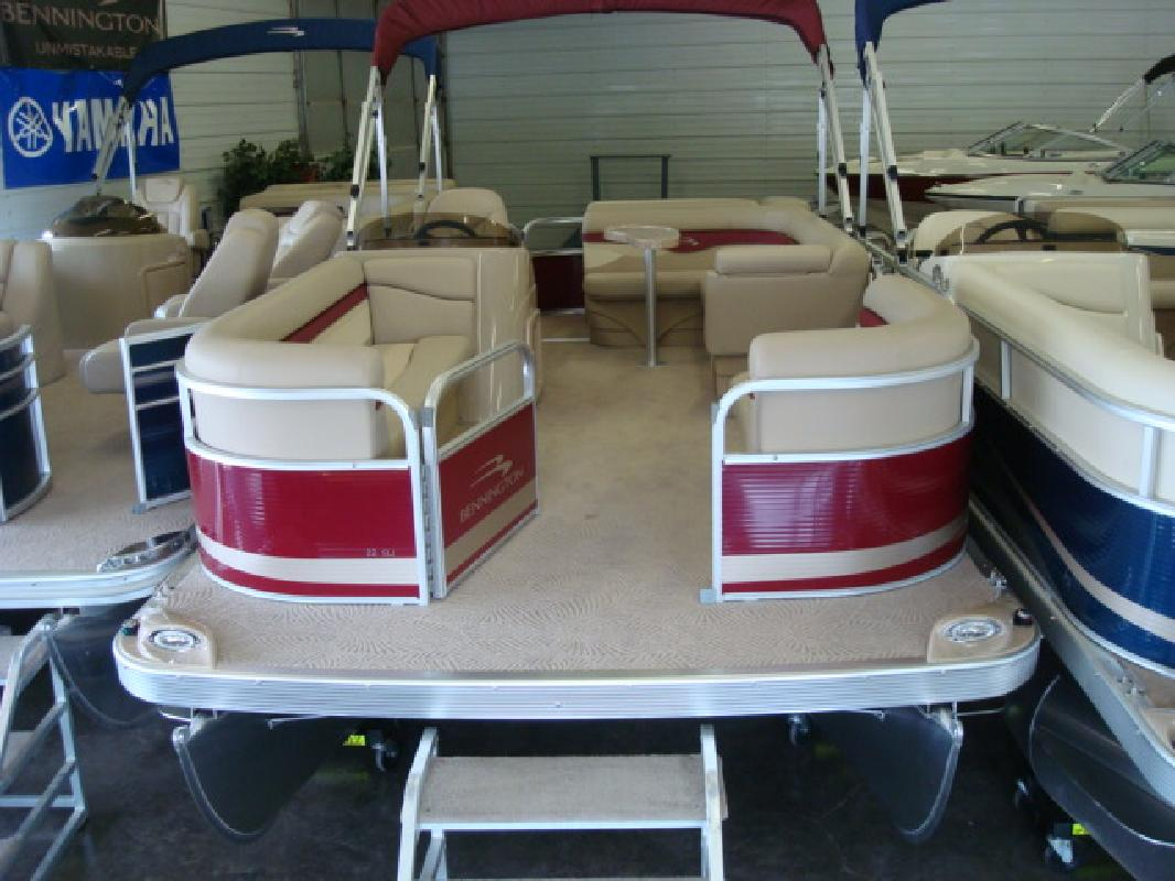 2011 21' Bennington Marine LLC pontoon 22sli