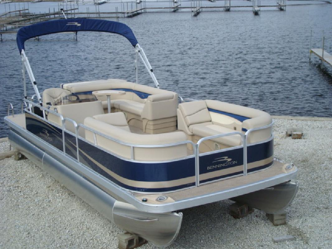 2011 23' Bennington Marine LLC pontoon 24sli