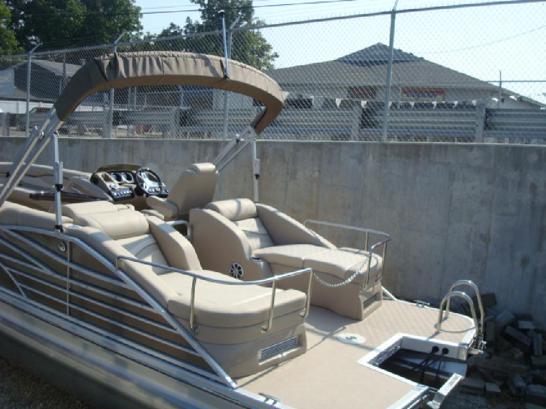 2012 25' Bennington Marine LLC RCW 2575RCW