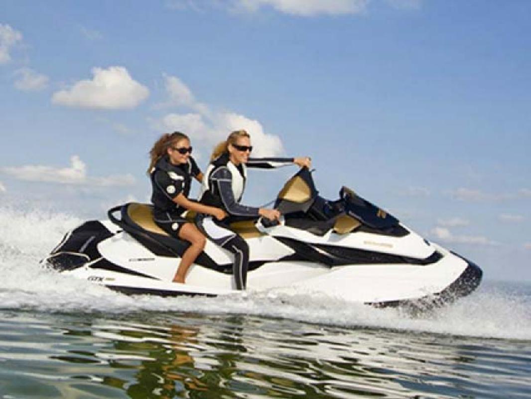 2012 11' Sea Doo Luxury Performance GTX 155/215