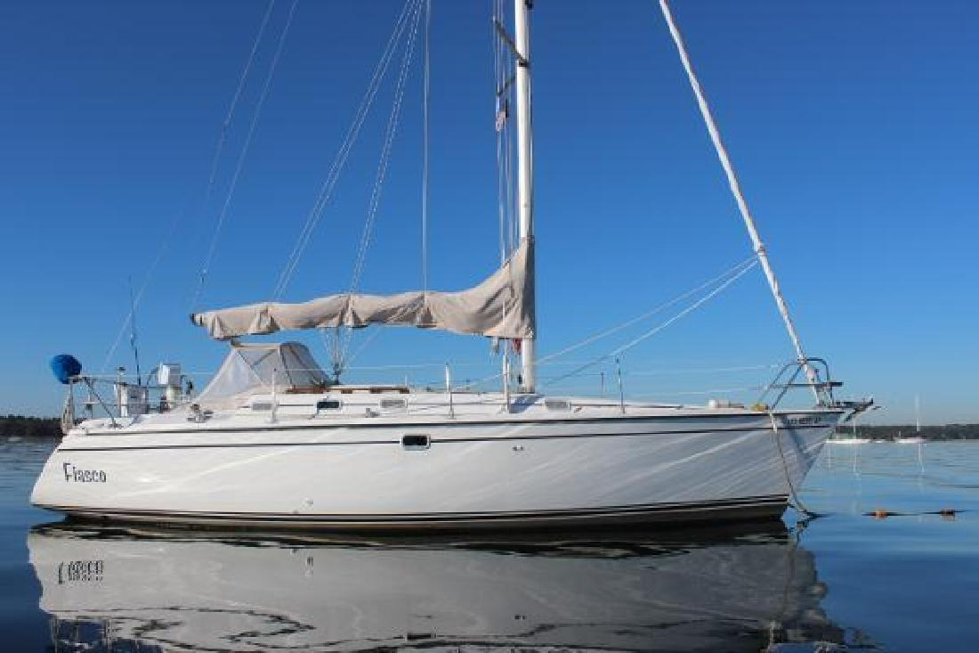 1988 Hunter 335 NFalmouthPlymouthMattapoisett MA in Westbrook, CT