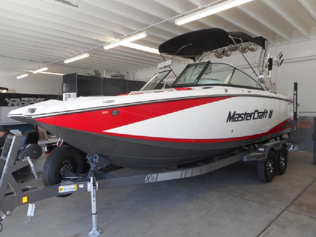 2015 25 MasterCraft X55 Bowrider in 3600 S Main St. In Salt Lake City, UT