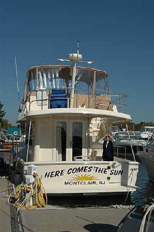 2004 34' MAINSHIP Trawler