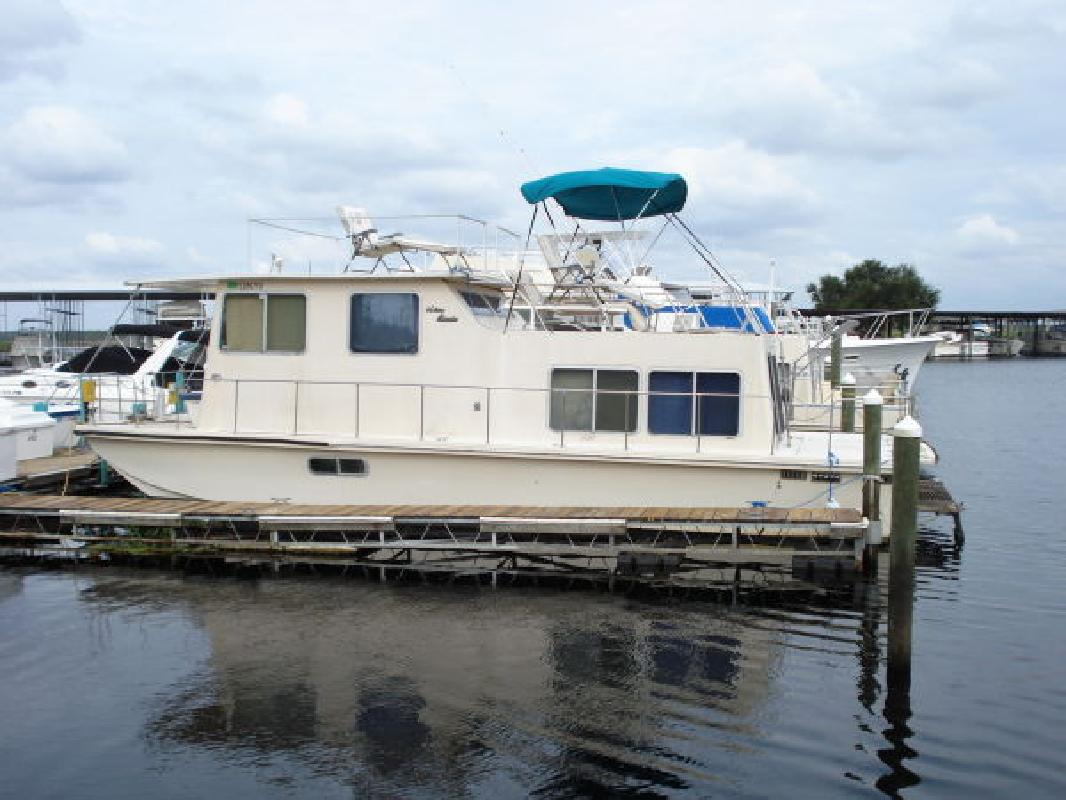 1980 36' Holiday Mansion Super Baracuda for sale in Sanford