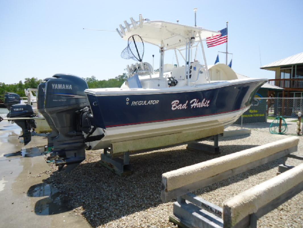 2004 24' Regulator Marine 23CC in Naples, Florida