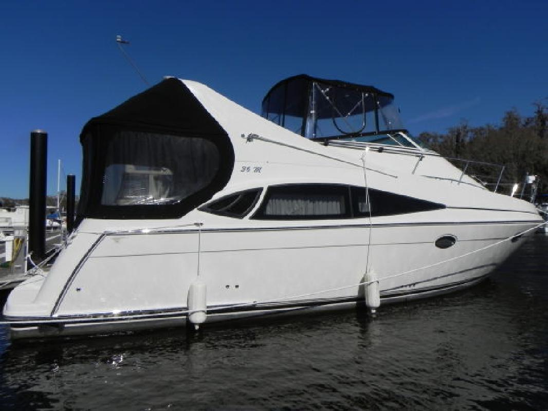 2006 36' Carver 36 MARINER-FRESH WATER BOAT! for sale in