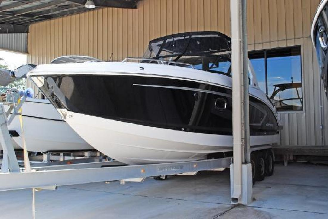 2015 Chaparral 307 SSX Mary Esther FL