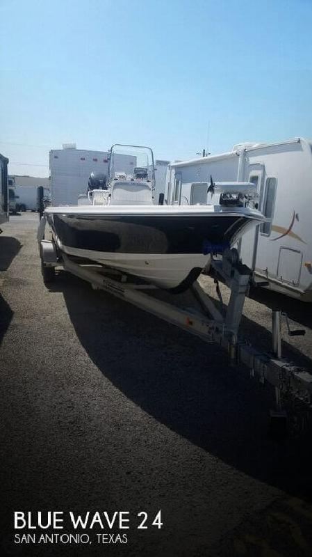 2011 Blue Wave Boats by Parks Mfg 24 San Antonio TX