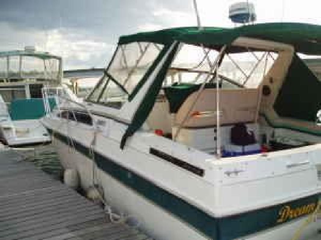1987 28' Trojan 8.6 Meter Mid Cabin FRESH WATER ONLY
