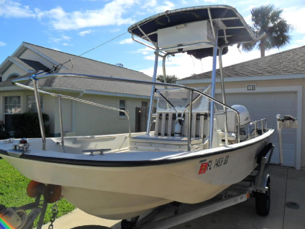 1987 - Boston Whaler Boats - 17 Montauk in St Augustine , FL