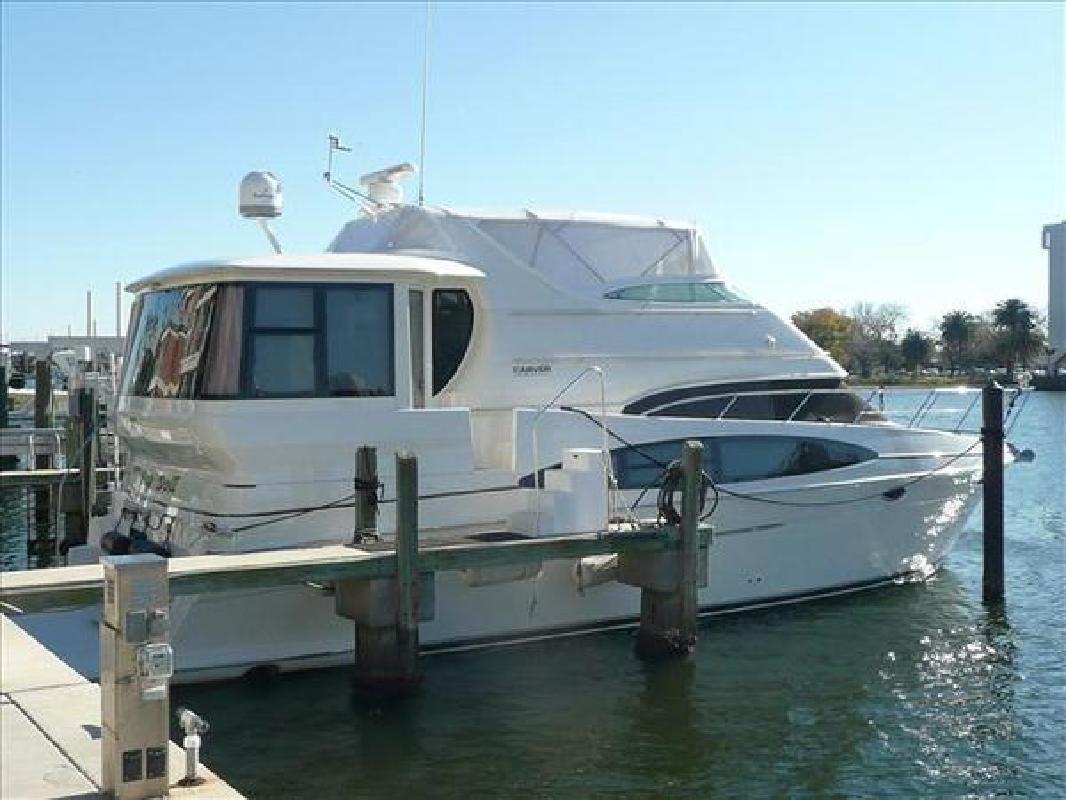 2003 50' Carver Motor Yacht