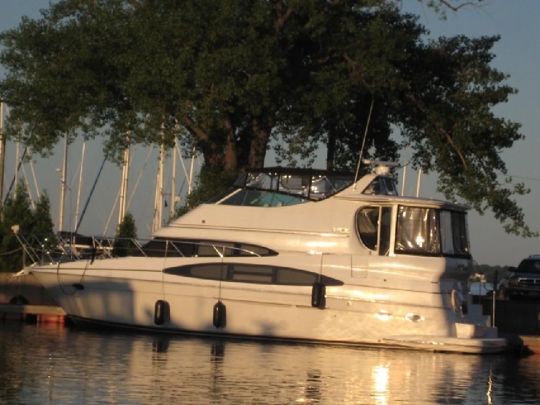 2003 47' Carver 466 Motor Yacht (TAB)