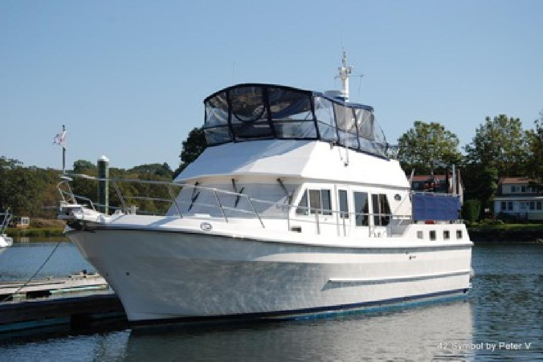 $199,000 OBO 42 Symbol Motoryacht 2000