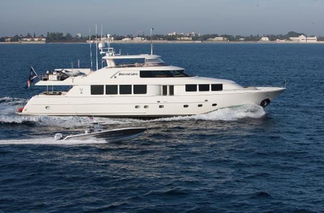 2009 Westport Raised Pilothouse Motoryacht Enroute Newport RI