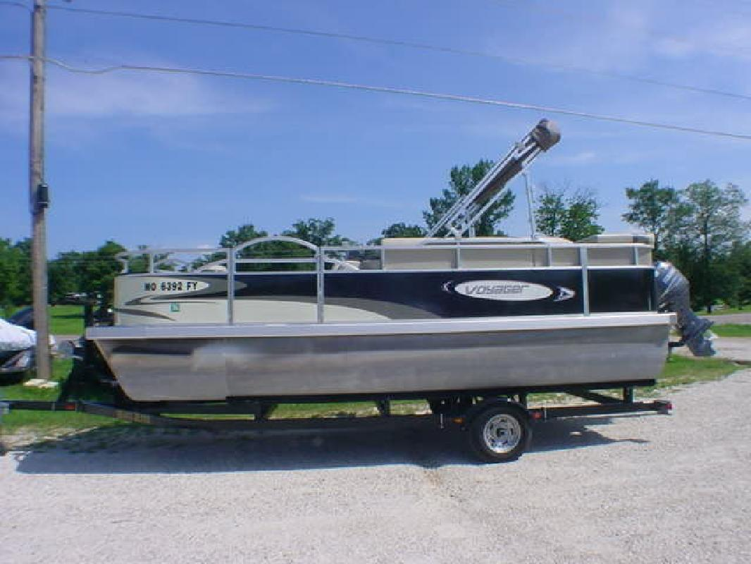 2012 Voyager by Champion Motors FISH N CRUISE Sunrise Beach MO