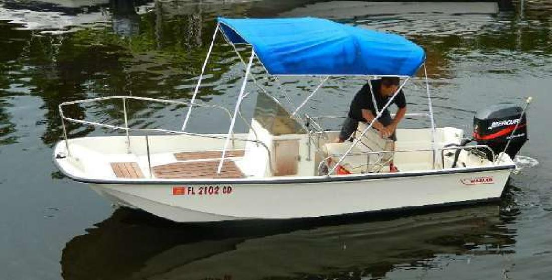 1974 BOSTON WHALER Naples FL